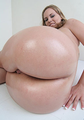 Round Juicy Butts - Big Round Butt Babes Porn Videos & Photos